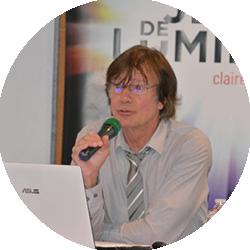 Jacques Bouineau, professeur d'histoire du droit à La Rochelle